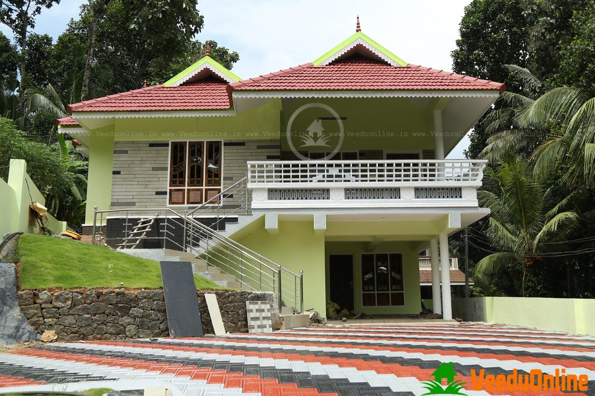Idiosyncratic Modern Kerala Home Designs
