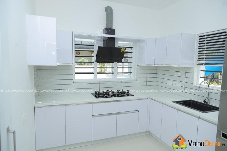 2560 Square Feet Double Floor Contemporary Home Design